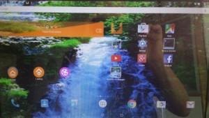 kitkat-desktop-small-waterfall-wp